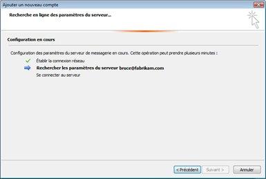 Boîte de dialogue d'ajout de nouveau compte indiquant que les paramètres de serveur de messagerie sont en cours de configuration