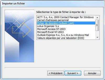 Assistant d'Importation et d'Exportation avec Fichier de données Outlook (.pst) sélectionné