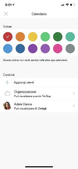 """Mostra la schermata di un dispositivo mobile con """"Calendario"""" nella parte superiore. Sotto la sezione """"Condividi"""" sono disponibili alcune opzioni e il nome di una persona che è stata aggiunta."""