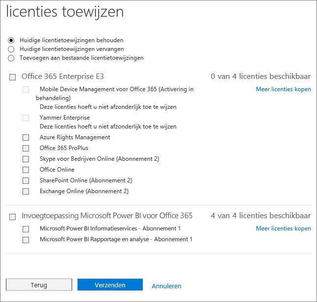 Schermafbeelding van de pagina Licenties toewijzen die wordt weergegeven wanneer u voor meerdere gebruikers tegelijk licenties toevoegt of vervangt.