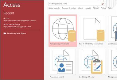 Ecranul de bun venit din Access, afișând caseta de căutare șabloane și butoanele Aplicație web particularizată și Bază de date desktop necompletată.